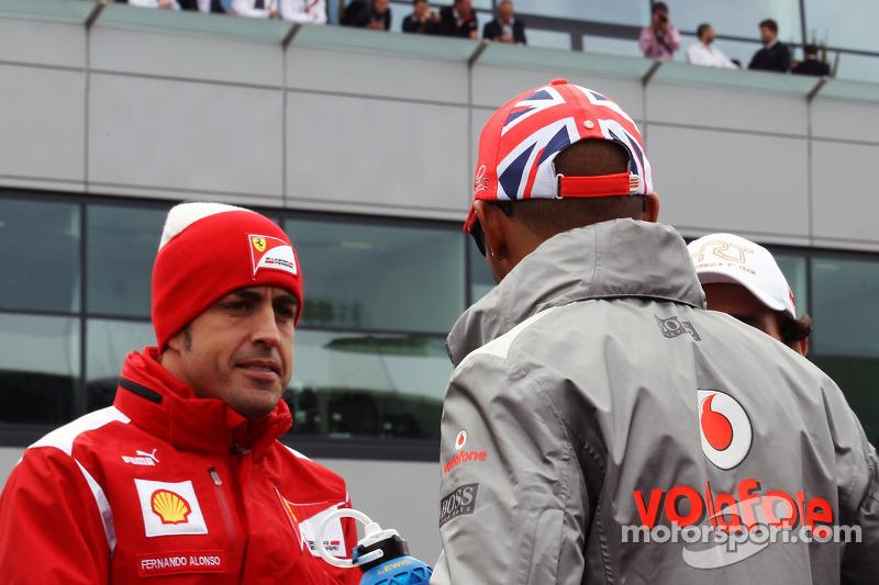 Fernando Alonso, Ferrari yLewis Hamilton, McLaren Desfile de pilotos