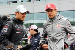 Nico Rosberg, Mercedes AMG F1 en Jenson Button, McLaren, rijdersparade