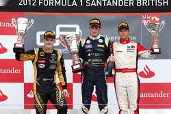 Podium: race winner William Buller, second place Conor Daly, third place Patric Niederhauser