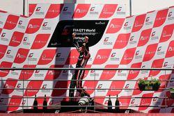 Podium: race winners Thomas Jäger, Nicky Pastorelli