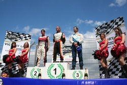 Victory lane: winnaar Eric Helary, tweede Ander Vilarino, derde Yvan Muller