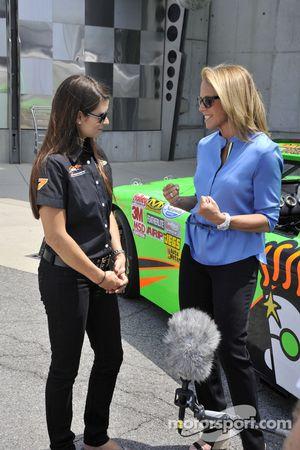 Danica Patrick en Katie Couric