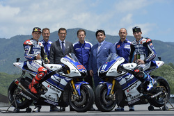 Yamaha Factory Racing fotoshoot