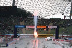 Sunday Final Mattias Ekström, ABT Sportsline Audi A5 DTM against Jamie Green, Team HWA AMG Mercedes,