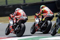Nicky Hayden, Ducati Marlboro Team, Valentino Rossi, Ducati Marlboro Team