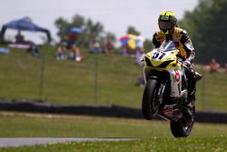#57 Riders Discount Vesrah Suzuki Team, Suzuki GSX-R600: Cory West