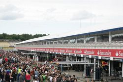 Pitwalk for the Fans