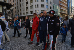Autograph session, Gabriele Tarquini, Chevrolet Cruze 1.6T, Chevrolet, Tom Coronel, BMW 320 TC, ROAL Motorsport and Tiago Monteiro, SEAT Leon WTCC, Tuenti Racing Team