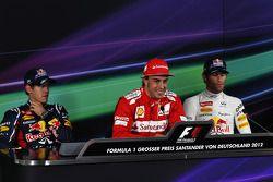 Qualifying top 3 FIA basın toplantısı, Sebastian Vettel, Red Bull Racing, 2.; Fernando Alonso, Scude