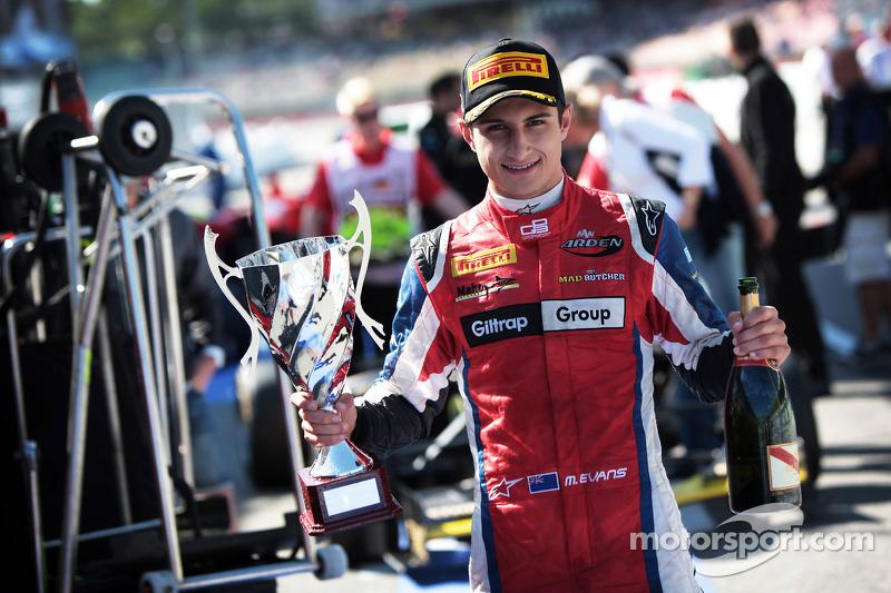 """Evans veut """"plusieurs titres en Formule E"""""""