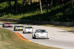 #53 1974 Porsche 911 RSR: Tom Hedges #43 1974 Porsche 911 RSR :Brian Pettey #004 2006 Ford GT: David