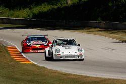 #53 1974 Porsche 911 RSR: Tom Hedges #13 1990 Chevrolet Camaro GT1: RickPfrang