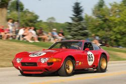Parade in Elkhart Lake voor het Friday Concours. #165 1969 Ferrari 365 GTB/4: David Hinton
