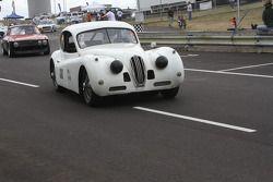 #130, 1955 Jaguar XK 140 FHC, Tivvy Shenton
