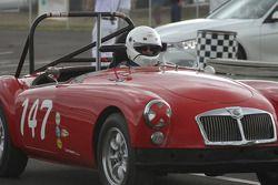 #147, 1962 MG A Mk 2, Tom Dick