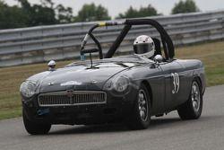 #39, 1965 MG B, Brian McKie