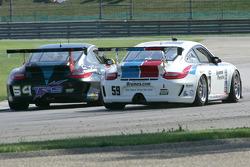 #64 TRG Porsche GT3 Cup: Eduardo Costabal, Eliseo Salazar and #59 Brumos Racing Porsche GT3 Cup: Leh Keen, Andrew Davis