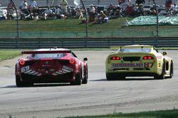 #69 AIM Autosport Team FXDD with Ferrari Ferrari 458: Emil Assentato, Jeff Segal en #87 Vechicle Tec