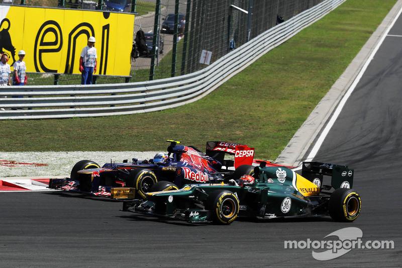 Jean Eric Vergne, Scuderia Toro Rosso y Heikki Kovalainen, Caterham batalla por la posición