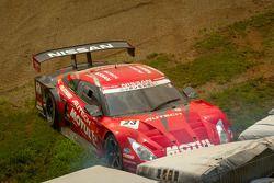 #23 Nismo Nissan GT-R: Satoshi Motoyama, Michael Krumm in the tire wall