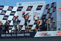 Podio: ganador de la carrera Casey Stoner, del equipo Repsol Honda, Jorge Lorenzo, Yamaha Factory Ra