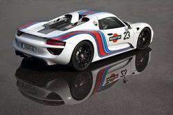 Porsche 918 Spyder in Martini-Farben