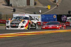 #25 First Motosport Porsche 997 GT3 Cup S: Steve Vanbellingen, Bert Redant, Armand Fumal, Johan Vanl