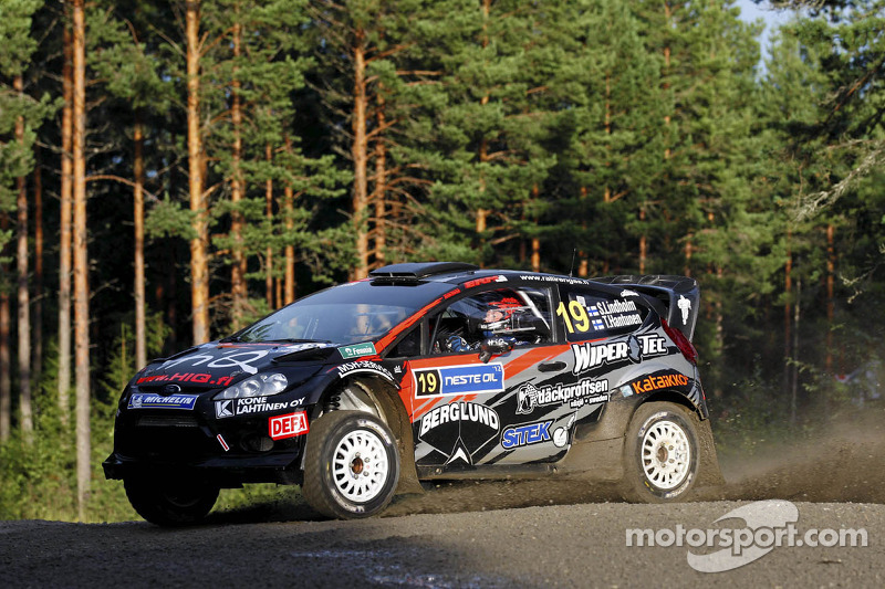 Sebastian Lindholm en Timo Hantunen, Ford Fiesta RS WRC