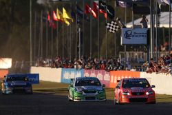 Craig Lowndes takes the win