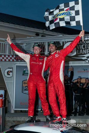Race winnaars Ryan Dalziel en Lucas Luhr