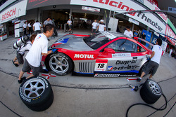 Pit stop practice for #18 Weider Honda Racing Honda HSV-010 GT