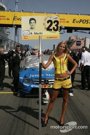Gridgirl für Roberto Merhi, Persson Motorsport, AMG Mercedes C-Coupe