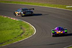 #11 Gainer Audi R8 LMS Ultra: Tetsuya Tanaka, Katsuyuki Hiranaka, Atsushi Yogo, #2 Cars Tokai Dream2