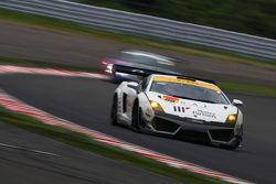#88 JLOC Lamborghini Gallardo LP600+ GT3: Manabu Orido, Takayuki Aoki, Keita Sawa