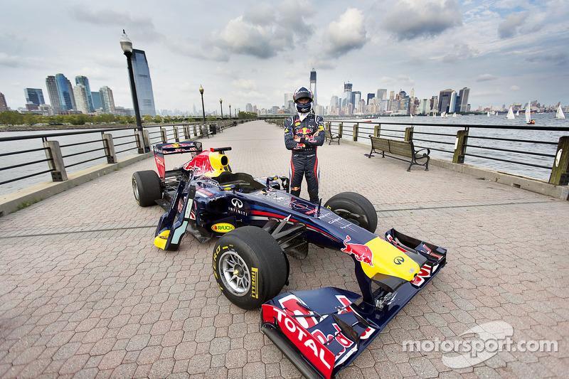 Дэвид Култард. Гоночное шоу Red Bull в Нью-Йорке, Особое мероприятие.