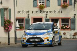 Alastair Fisher en Daniel Barrit, Ford Fiesta R2