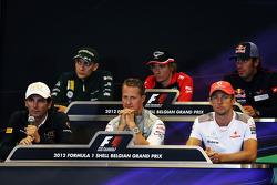 La Conferencia de prensa FIA, Vitaly Petrov, Caterham; Charles Pic, Marussia F1 Team; Jean-Eric Verg