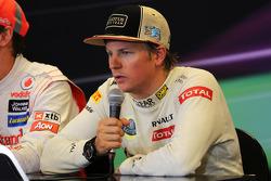Kimi Raikkonen, Lotus F1 Team en la Conferencia de prensa FIA