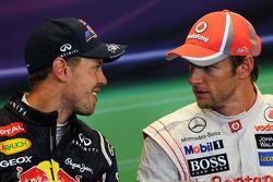 La Conferencia de prensa de la FIA, Red Bull Racing con Jenson Button, McLaren en la Conferencia de