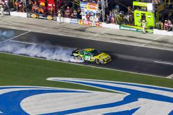 Engine trouble for Carl Edwards, Roush Fenway Racing Ford