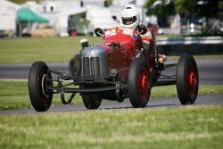 #10 Bob Reed North Kingston, R.I. 1932 Ford Sprinter