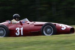 31 Peter Giddings U.K. 1954 Maserati 250F