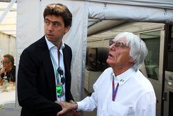Andrea Agnelli, FIAT en Exor bestuurslid en President of Juventus FC met Bernie Ecclestone, CEO Form
