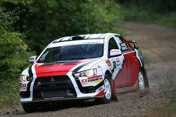 Tibor Kertes en Spencer Armstrong, Mitsubishi EVO X