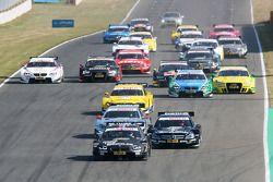 Bruno Spengler, BMW Team Schnitzer, BMW M3 DTM; Jamie Green, Team HWA AMG Mercedes, AMG Mercedes C-C
