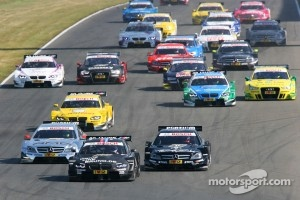 Start: Bruno Spengler, BMW Team Schnitzer BMW M3 DTM and Jamie Green, Team HWA AMG Mercedes, AMG Mercedes C-Coupe