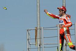 Podio: segundo lugar Valentino Rossi, Ducati Marlboro Team