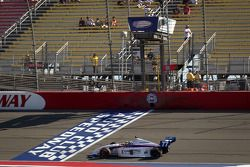 Tristan Vautier, Sam Schmidt Motorsports pakt overwinning en eindzege Indy Lights 2012