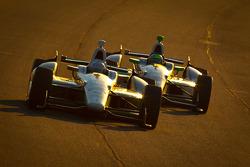 Ed Carpenter, Ed Carpenter Racing Chevrolet and Tony Kanaan, KV Racing Technology Chevrolet