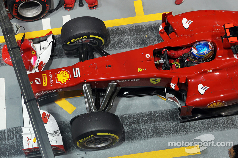 Fernando Alonso, Ferrari oefent pitstop